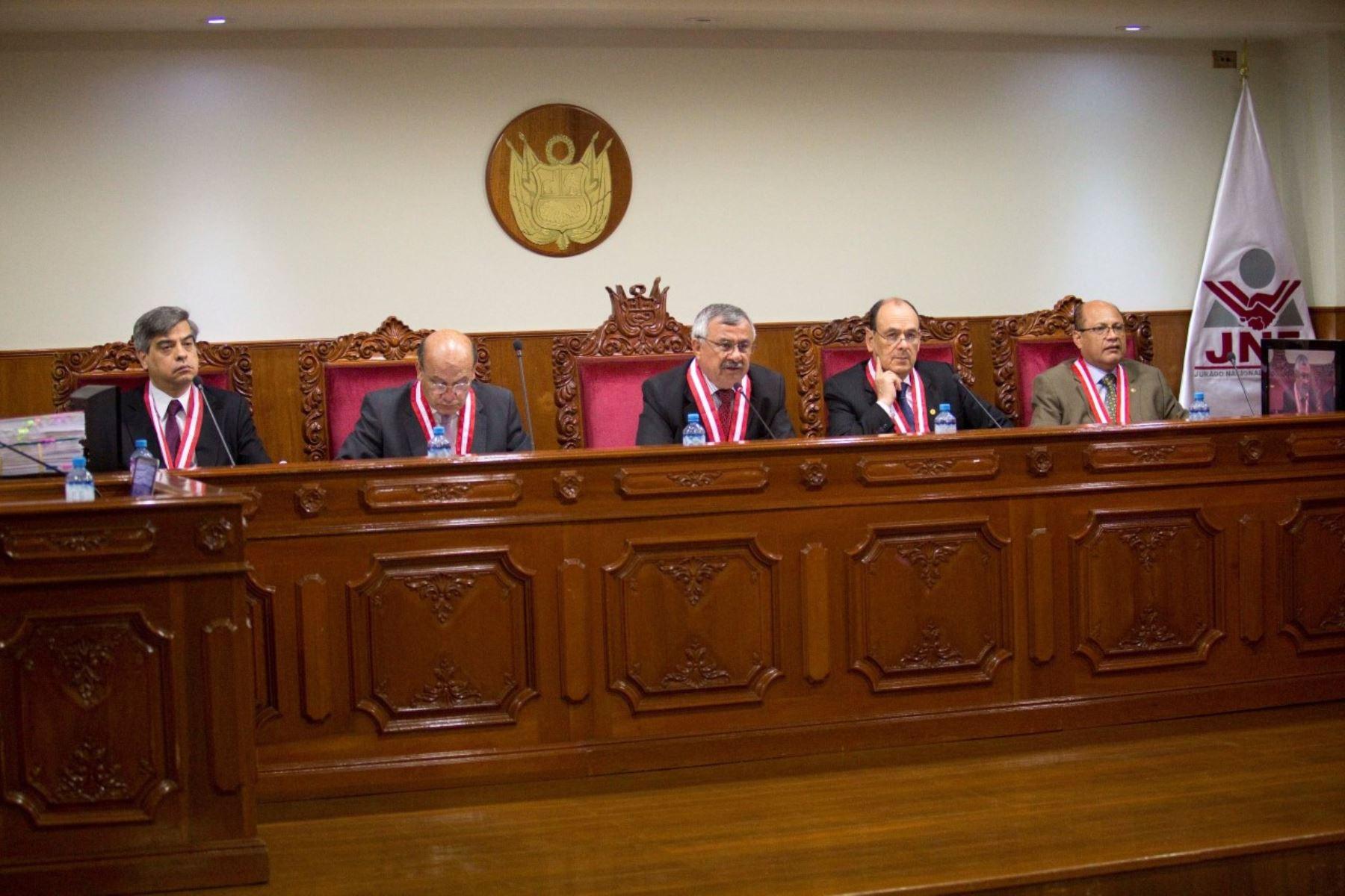 Audiencia del JNE realizada para ver las actas observadas. Foto: Difusión.