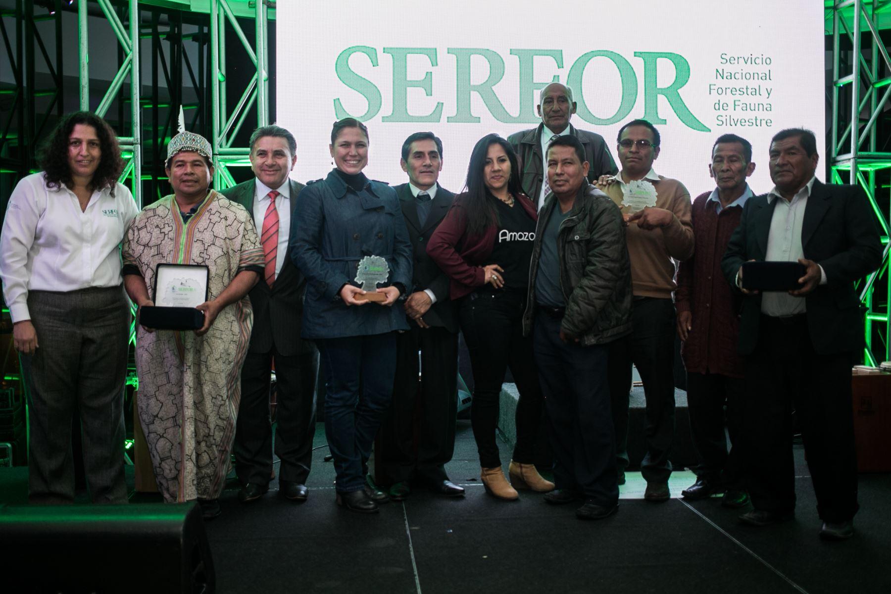 Serfor premia iniciativas que fomentan protección de los recursos forestales.