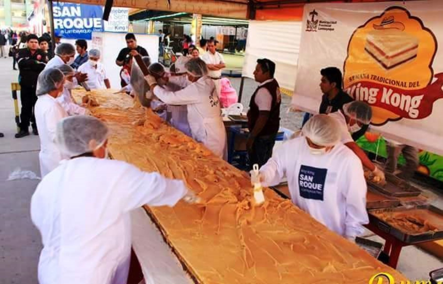 Un king kong es un dulce típico de Lambayeque, que consiste en galletas recubiertas con manjarblanco y mermelada de varias frutas. Foto: Cortesía