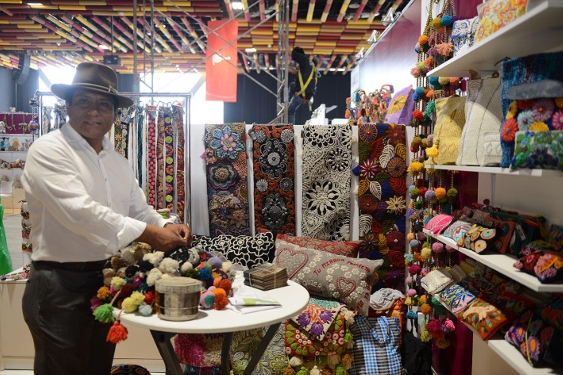 textiles peruanos