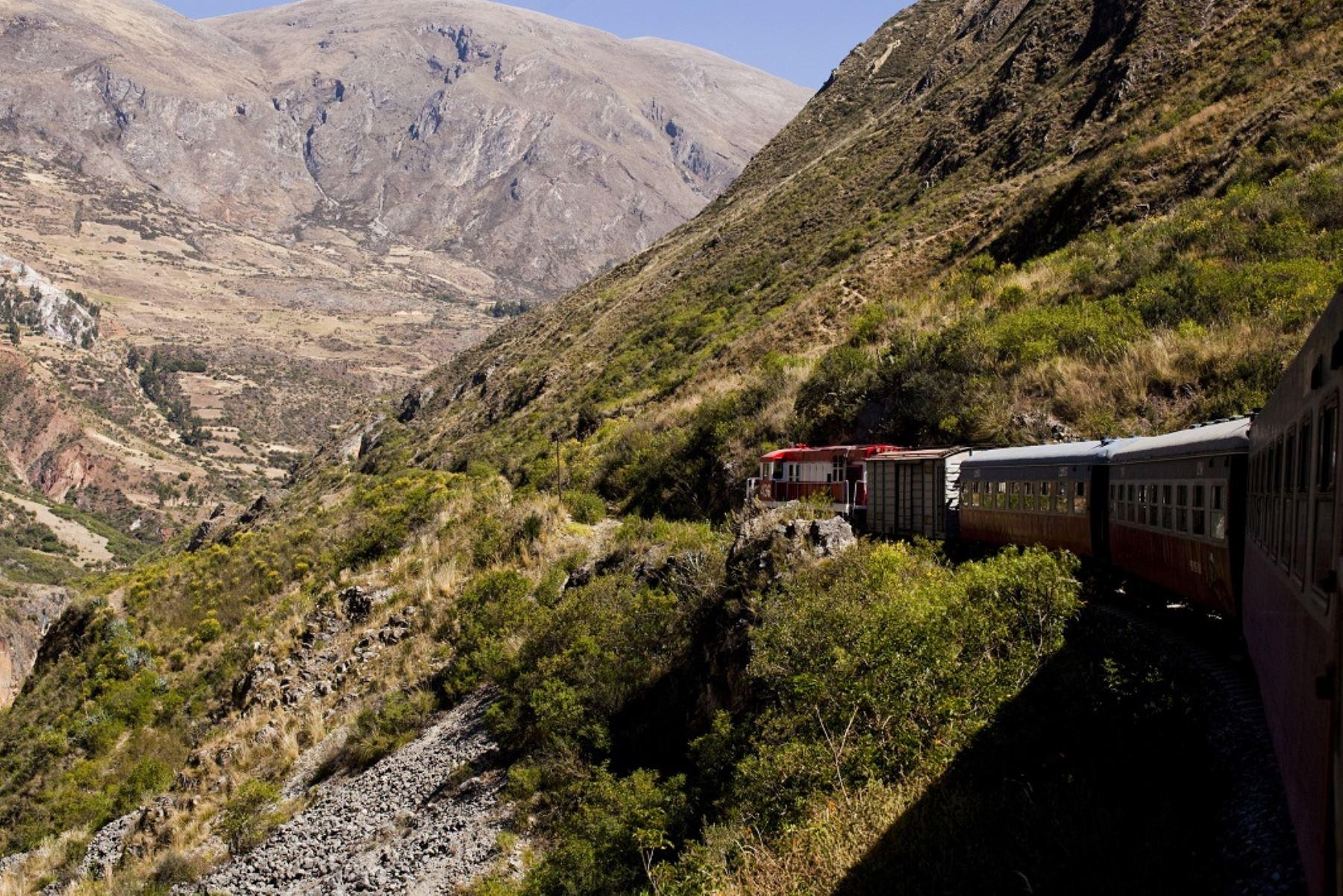 MTC suspende hasta el lunes 17 el tránsito del tren Huancayo–Huancavelica. ANDINA