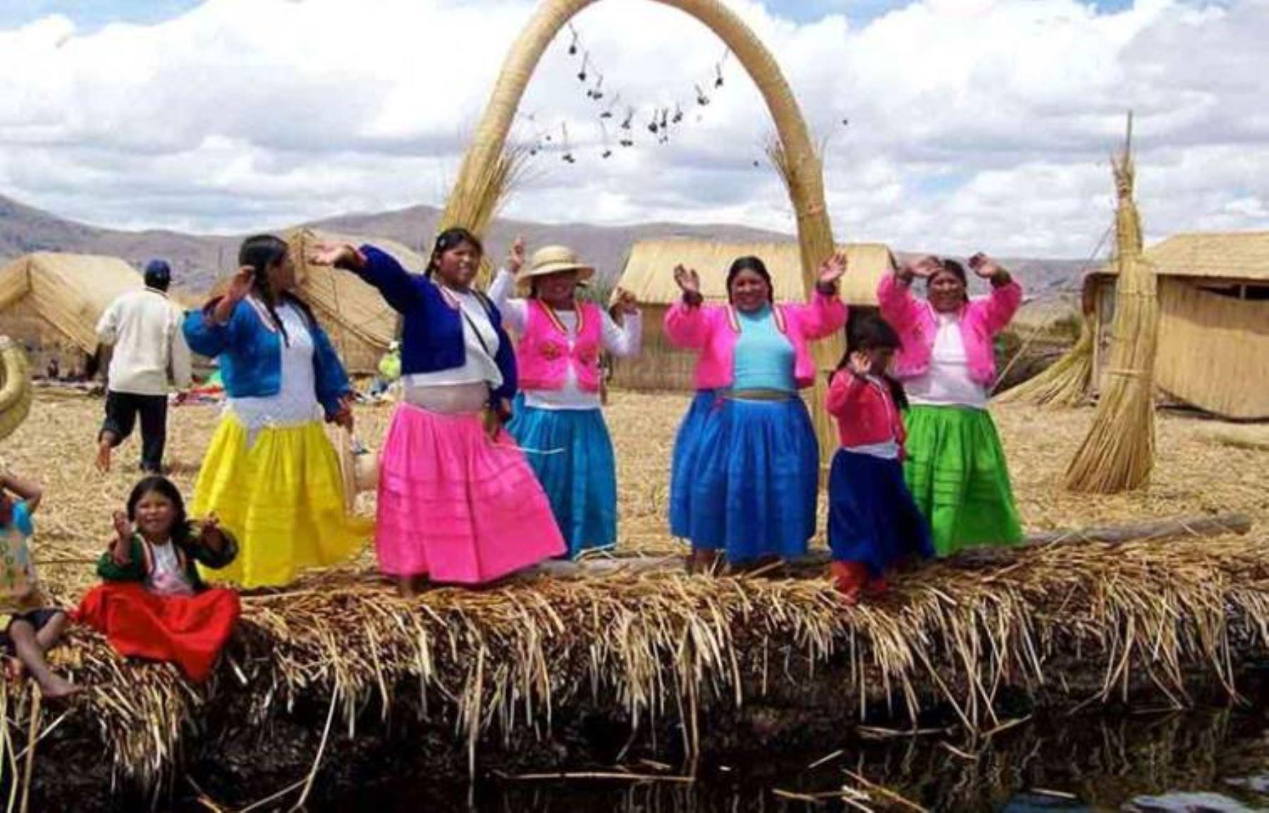 Declaran a los Uros como pueblo originario indígena de la región Puno. ANDINA