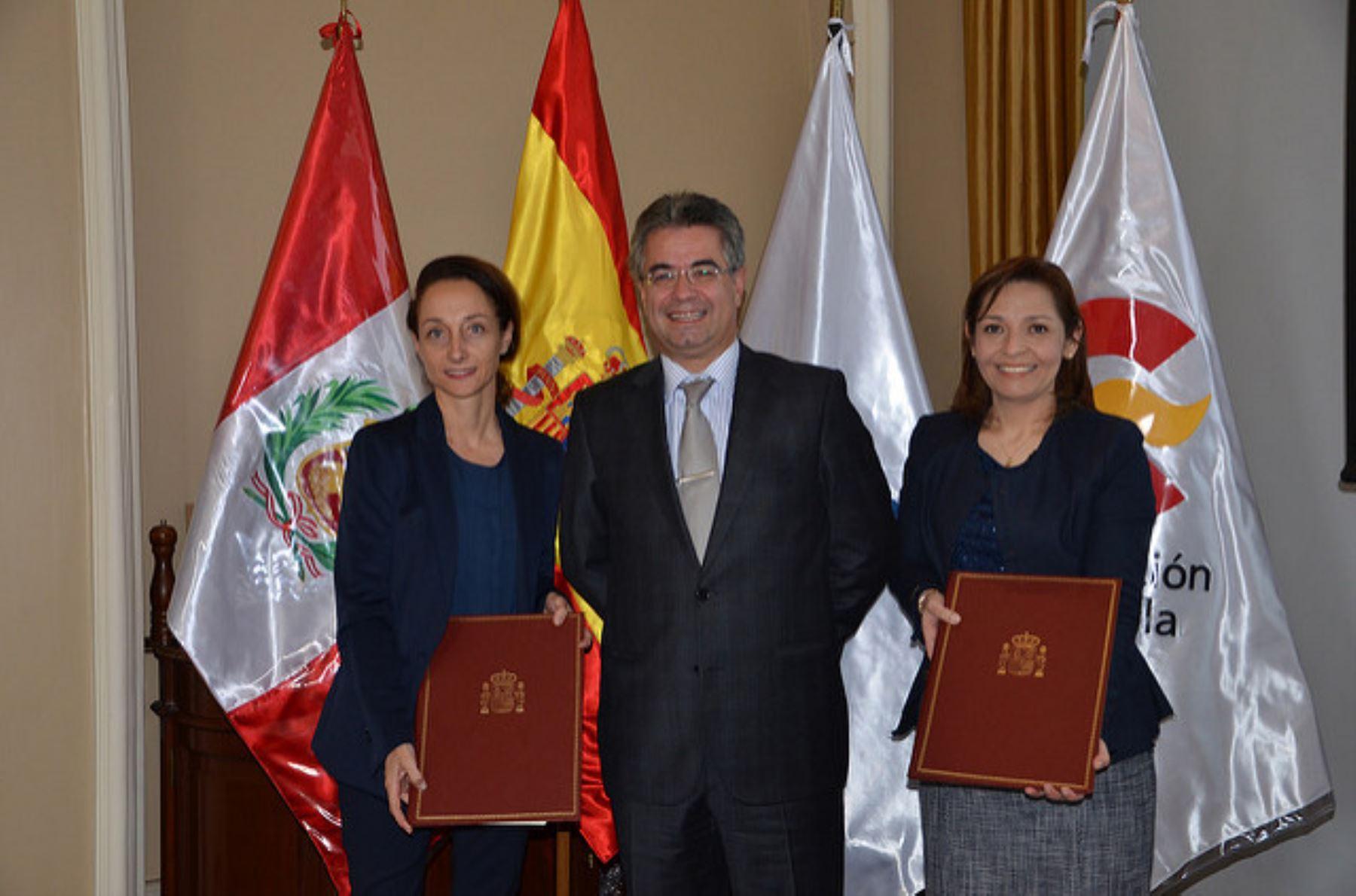 Directora Ejecutiva de APCI, Rosa Herrera, destaca hoy el aporte de cooperación española al Perú.