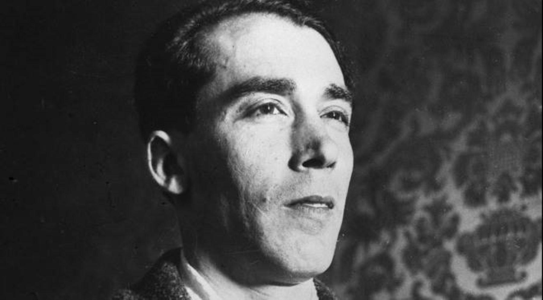 Un día como hoy murió el dramaturgo español Alejandro Casona ...