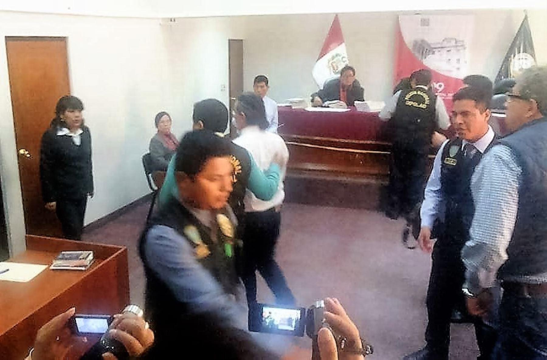 Tras dictarse sentencia, Waldo Ríos fue detenido y conducido a la carceleta judicial de Huaraz. Foto: ANDINA.