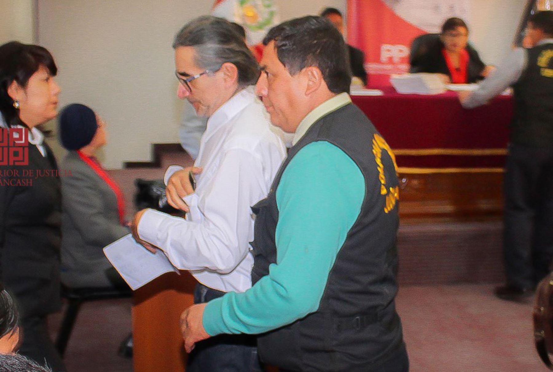 Condenan a cinco años de cárcel al gobernador de Áncash, Waldo Ríos.