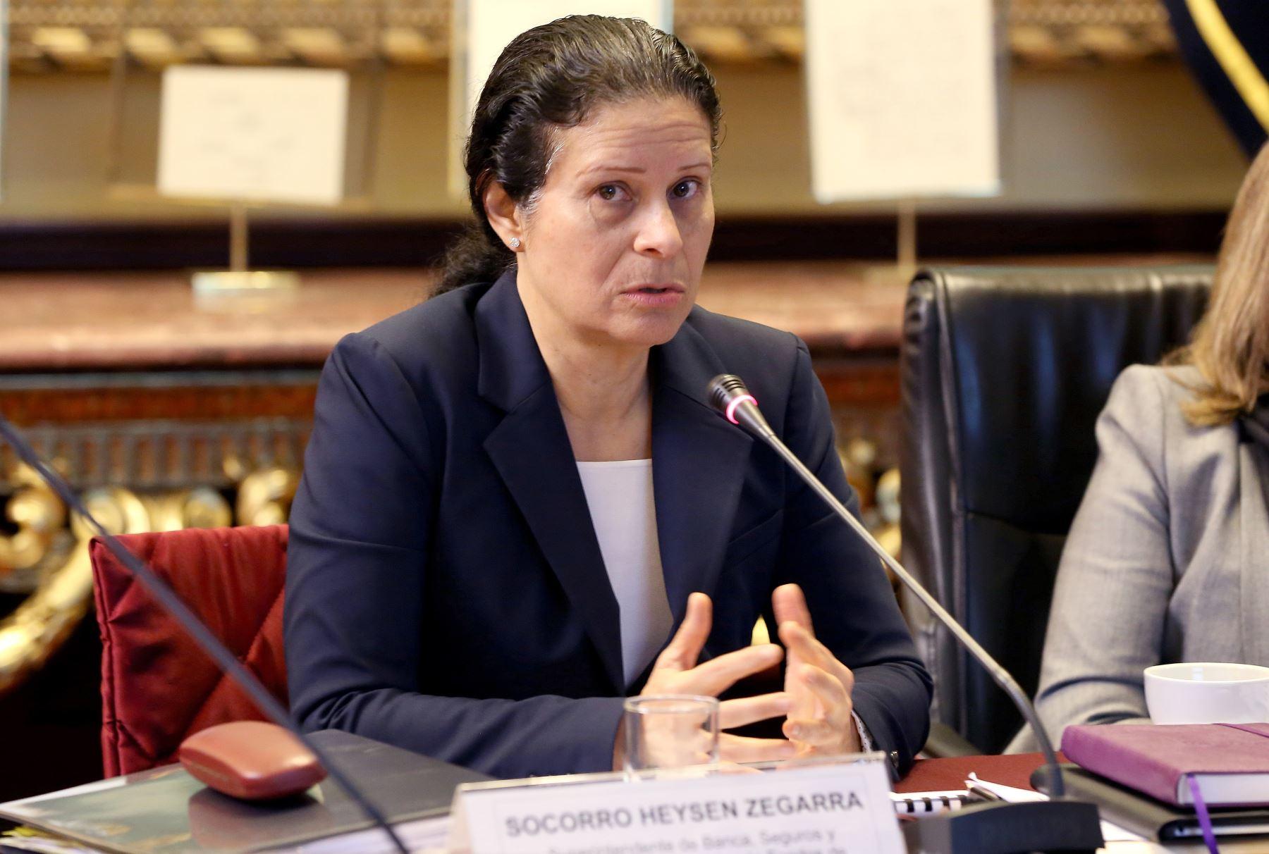 Jefa de la SBS, María del Socorro Heysen, se presentó en la comisión de Economía del Congreso de la República.