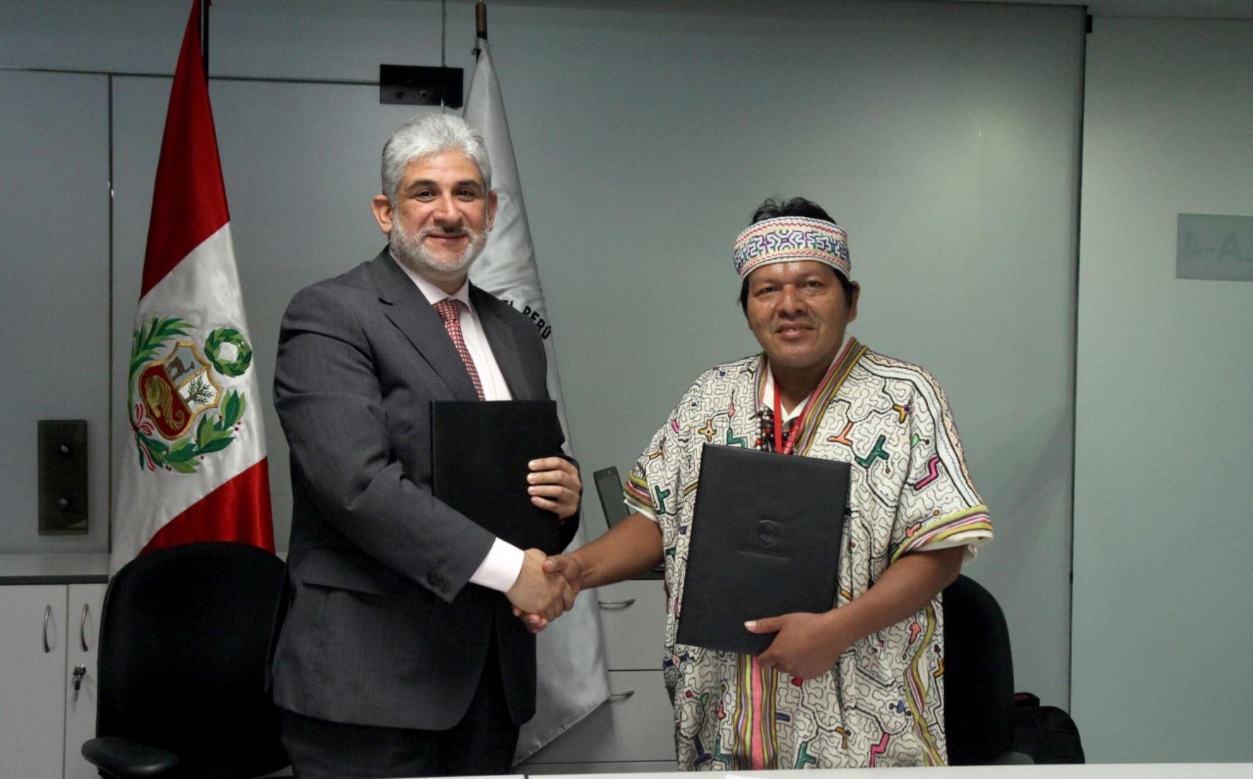Ministerio de Cultura y Fenamad suscriben convenio de cooperación para garantizar derechos de los pueblos indígenas.