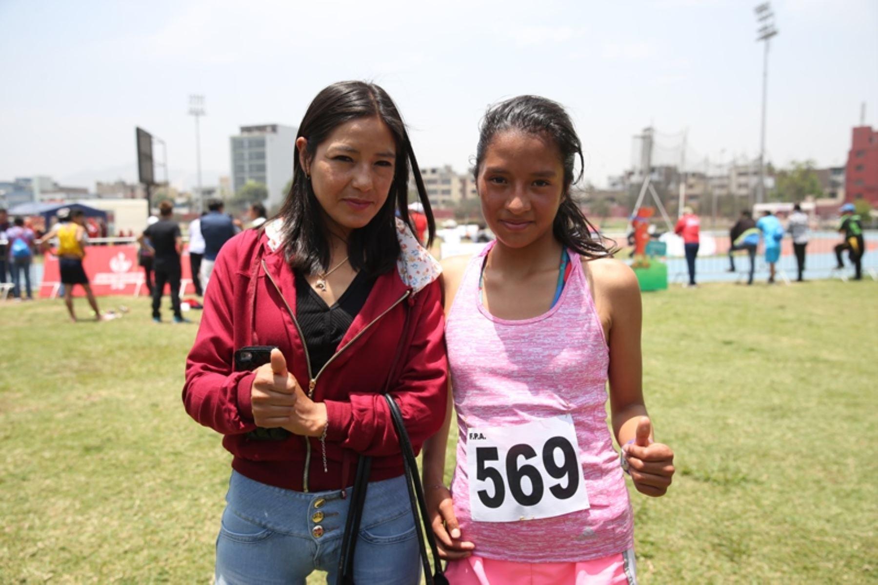 Inés Melchor motiva a los escolares a seguir en la brega por engrandecer el deporte nacional
