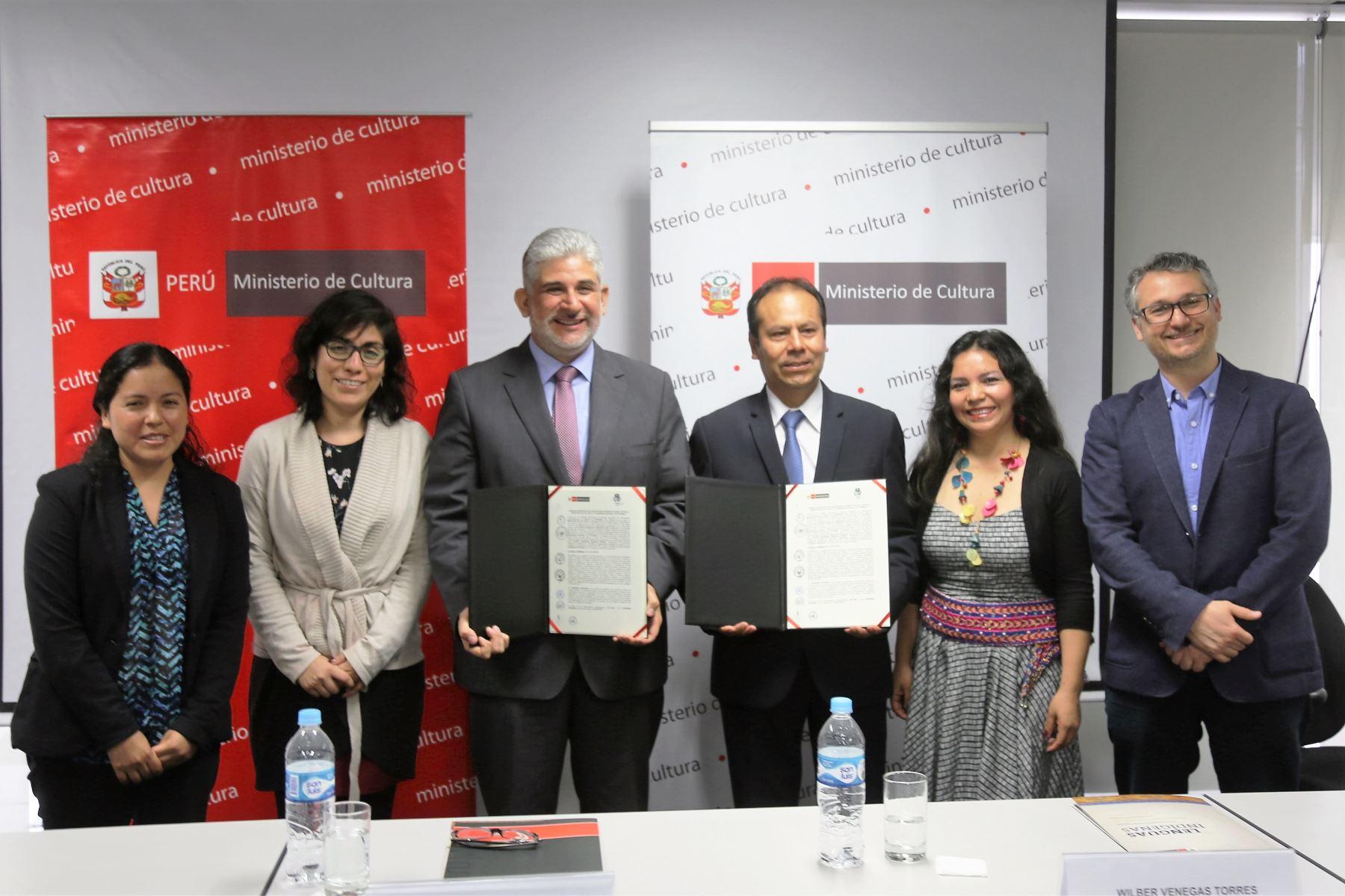 Ministerio de Cultura y Gobierno Regional suscriben acuerdo para implementar Ley de lenguas indígenas en dicha región.