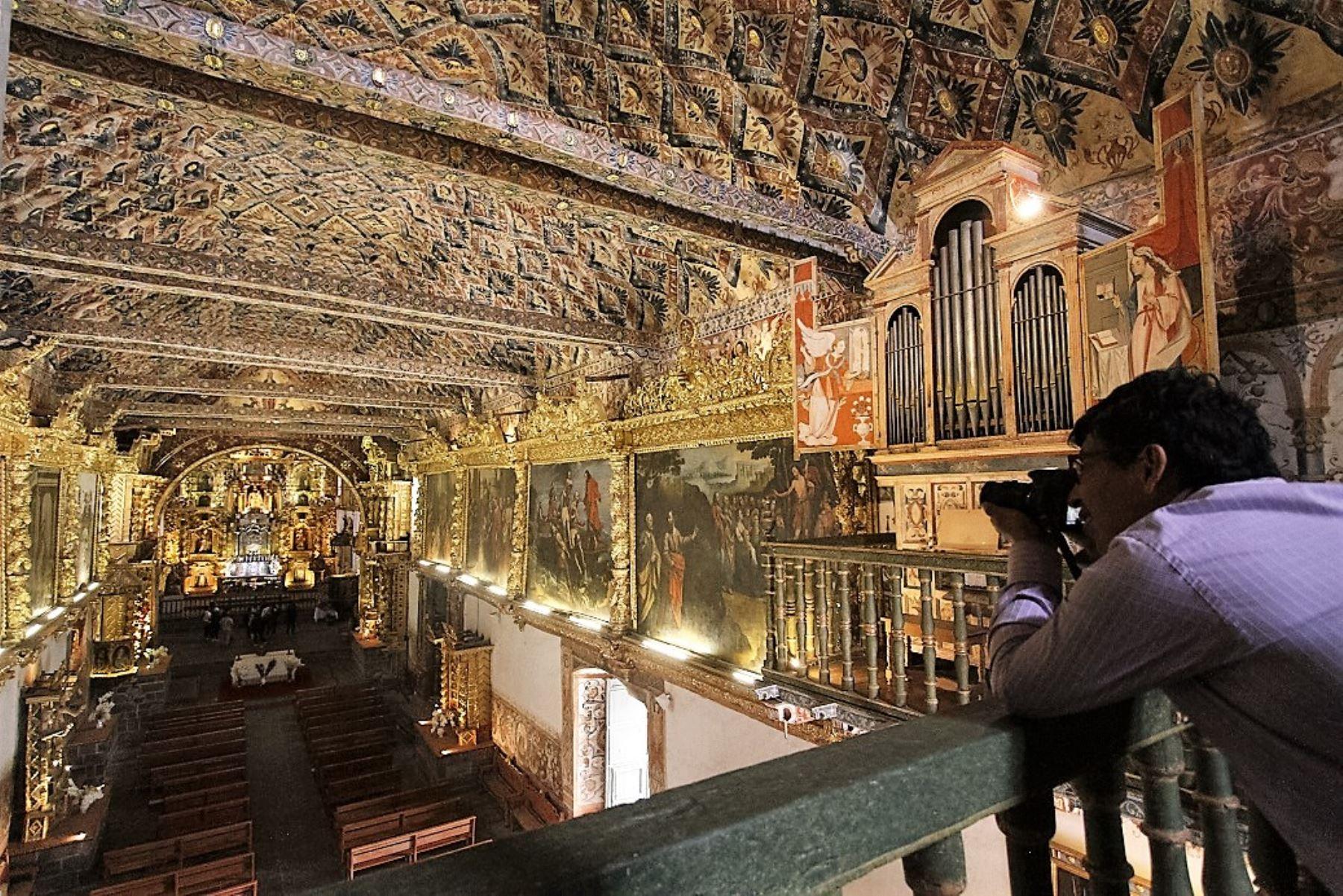 Templo de San Pedro Apóstol de Andahuaylillas, forma parte de la Ruta del Barroco en Cusco. ANDINA/Percy Hurtado