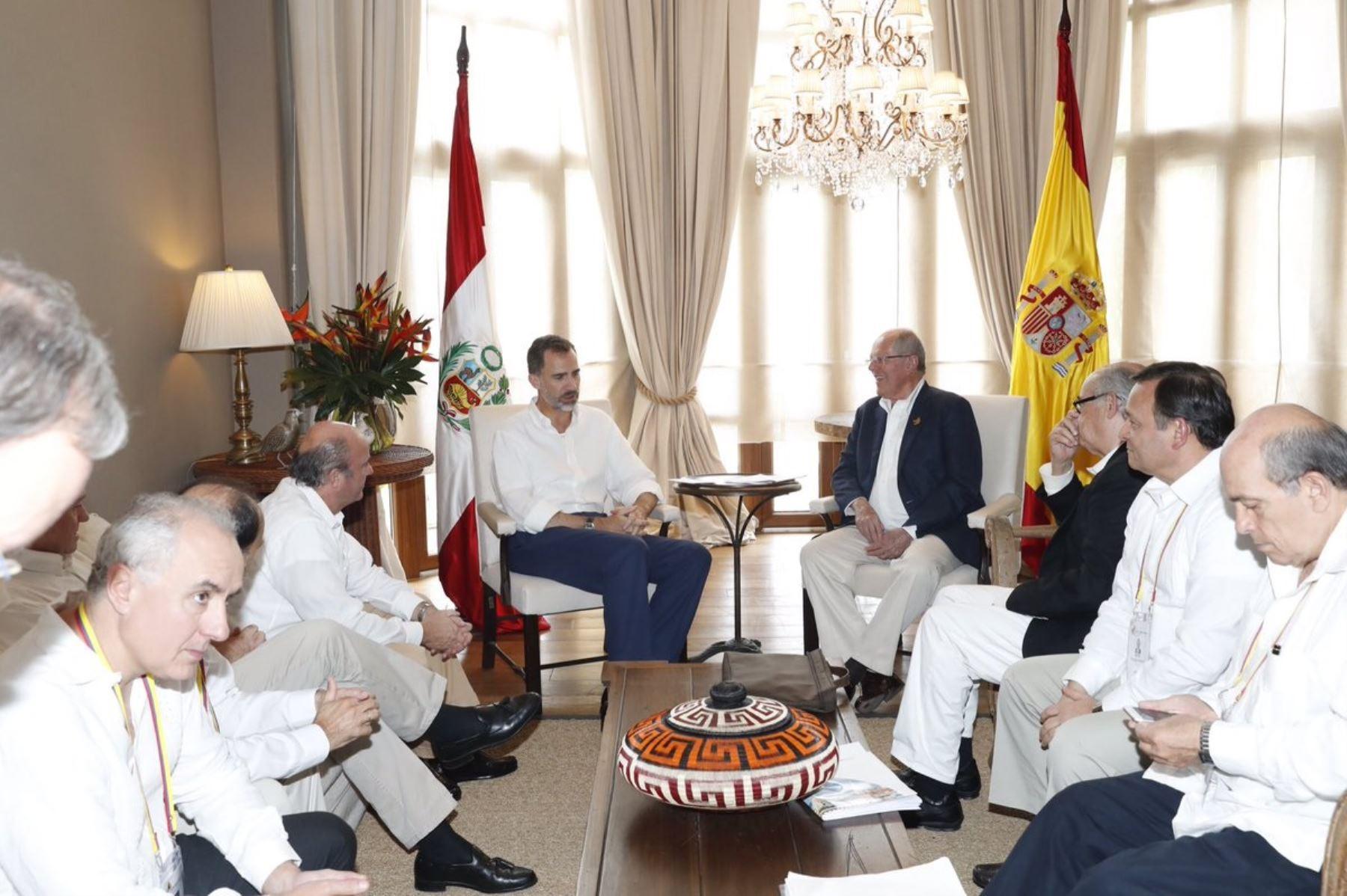 Presidente Pedro Pablo Kuczynski se reunió esta tarde con el rey de España. Foto: @CasaReal