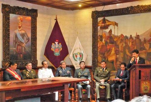 Autoridades civiles y militares de Arequipa participaron de ceremonia por el Bicentenario del natalicio del coronel Francisco Bolognesi. ANDINA/Rocío Méndez