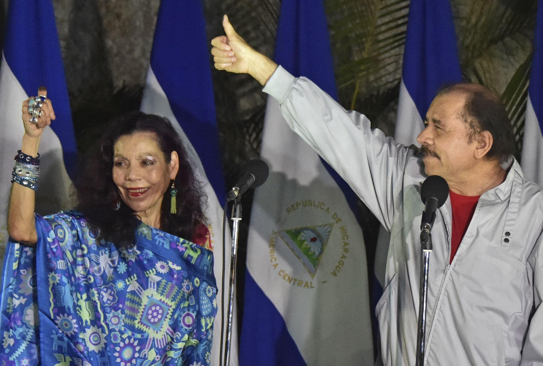 El presidente nicaragüense Daniel Ortega y la vicepresidenta, su esposa Rosario Murillo Foto: AFP