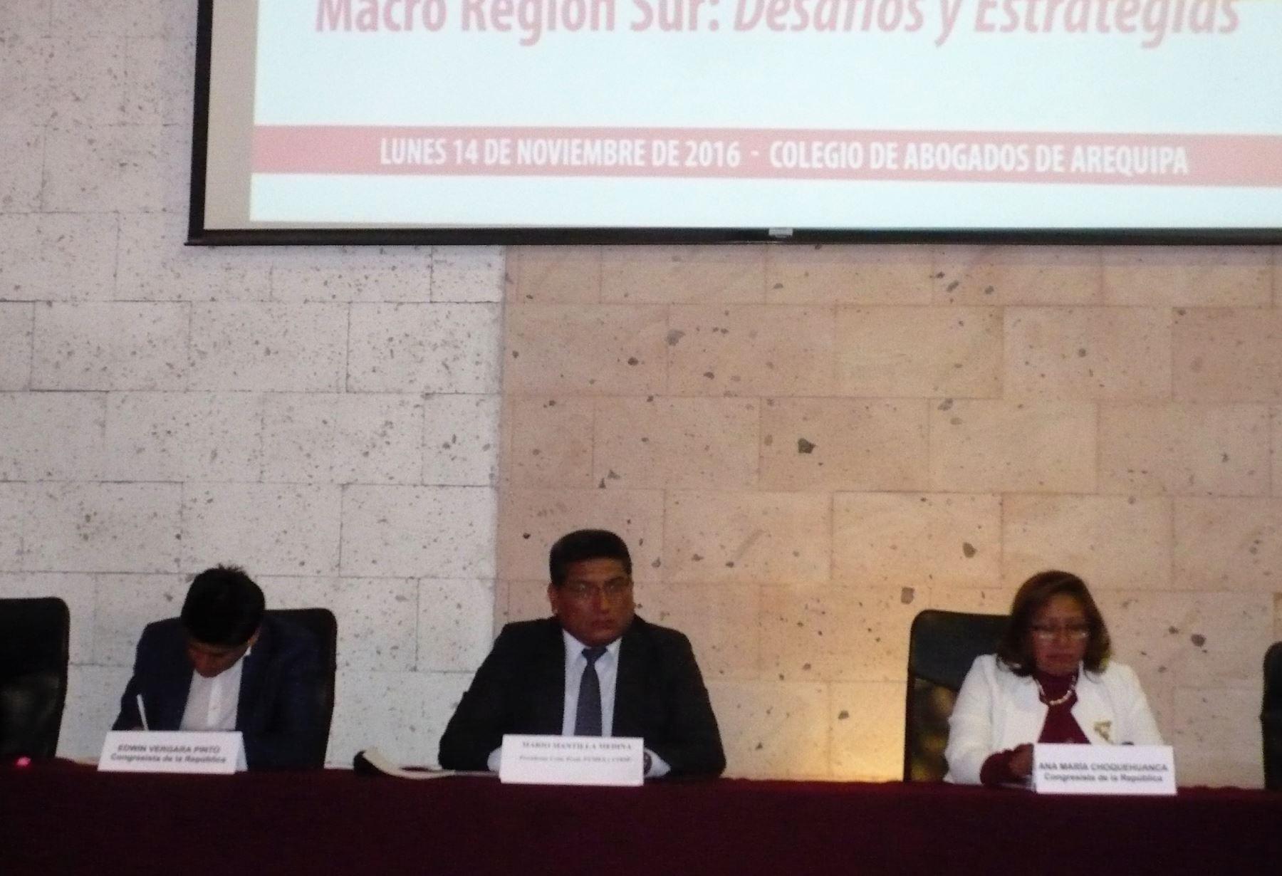 Miembros de la Comisión de Producción del Congreso de la República participaron de audiencia pública descentralizada en la ciudad de Arequipa. ANDINA