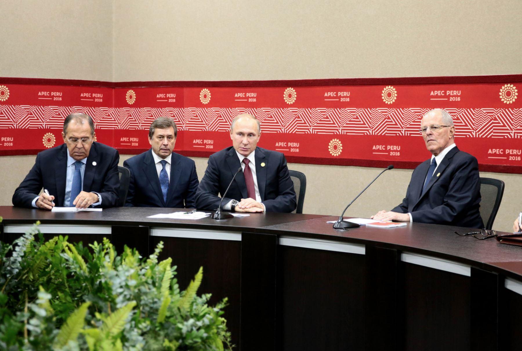 LIMA, PERÚ - NOVIEMBRE 1P. Encuentro bilateral del presidente Pedro Pablo Kuczynski con el presidente de Rusia, Vladimir Putin, en el marco de APEC 2016  Foto:ANDINA / Presidencia.