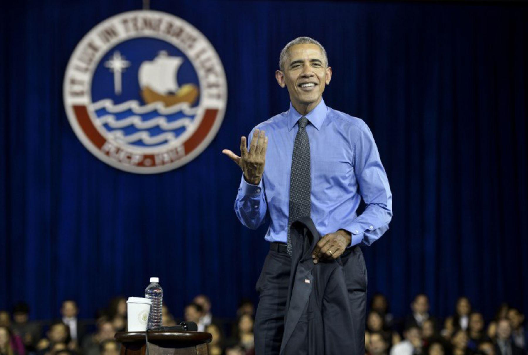 Obama exhorta a jóvenes a prepararse para encontrar soluciones a problemas más urgentes