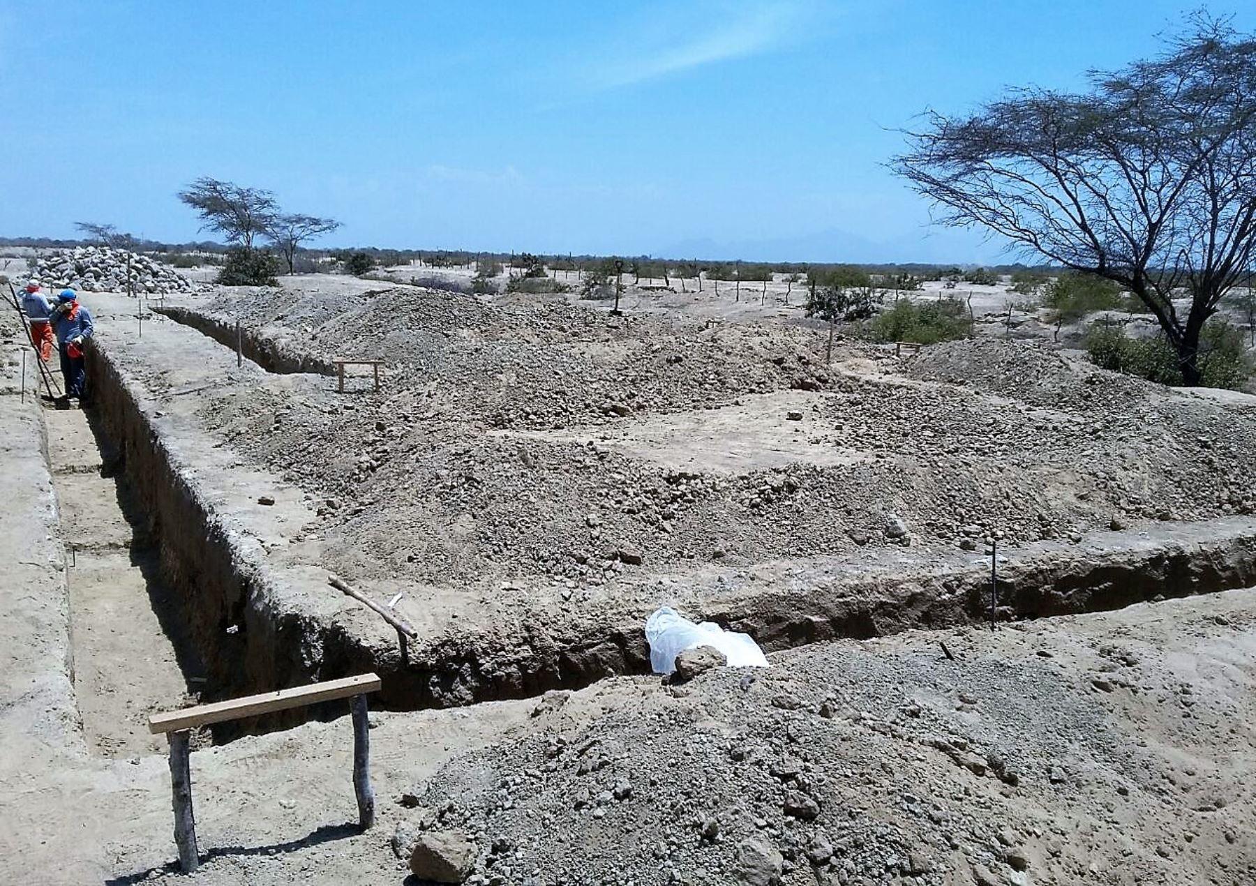 En construcción de Centro de Investigación en Huaca Bander se  invertirá S/.698, 638, financidaos por Unidad Ejecutora 005 Naylamp Lambayeque..ANDINA/Difusión