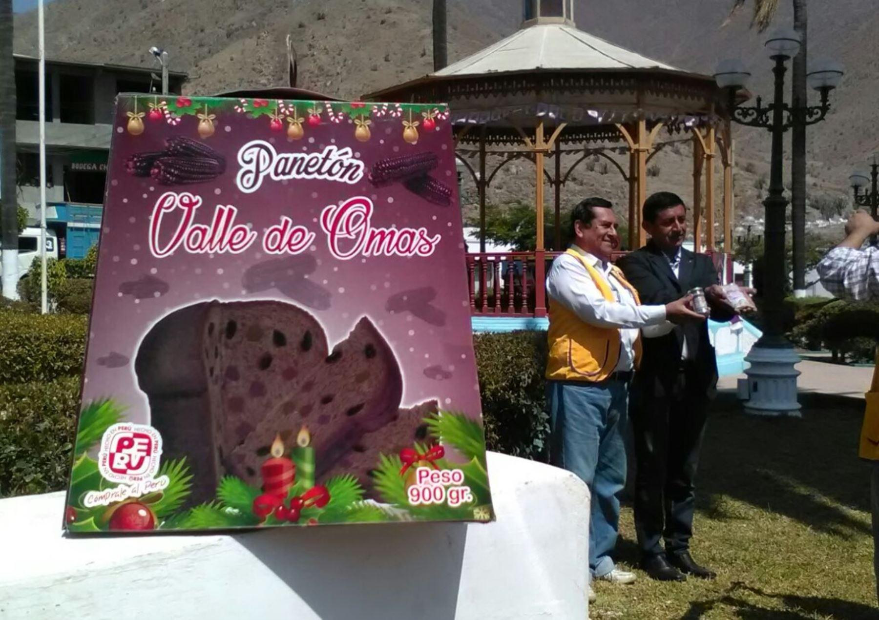 Panetón de maíz morado deslumbra en Festival Gastronómico de Huacho.