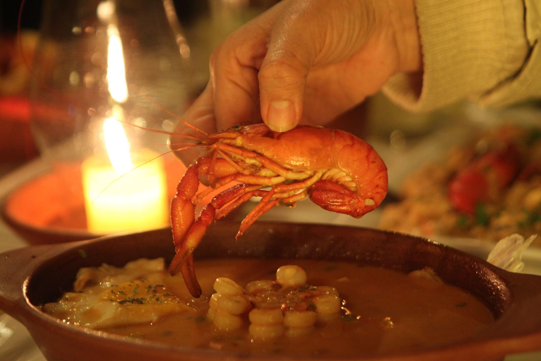 El chupe de camarones es el plato emblemático de Arequipa. ANDINA/Archivo