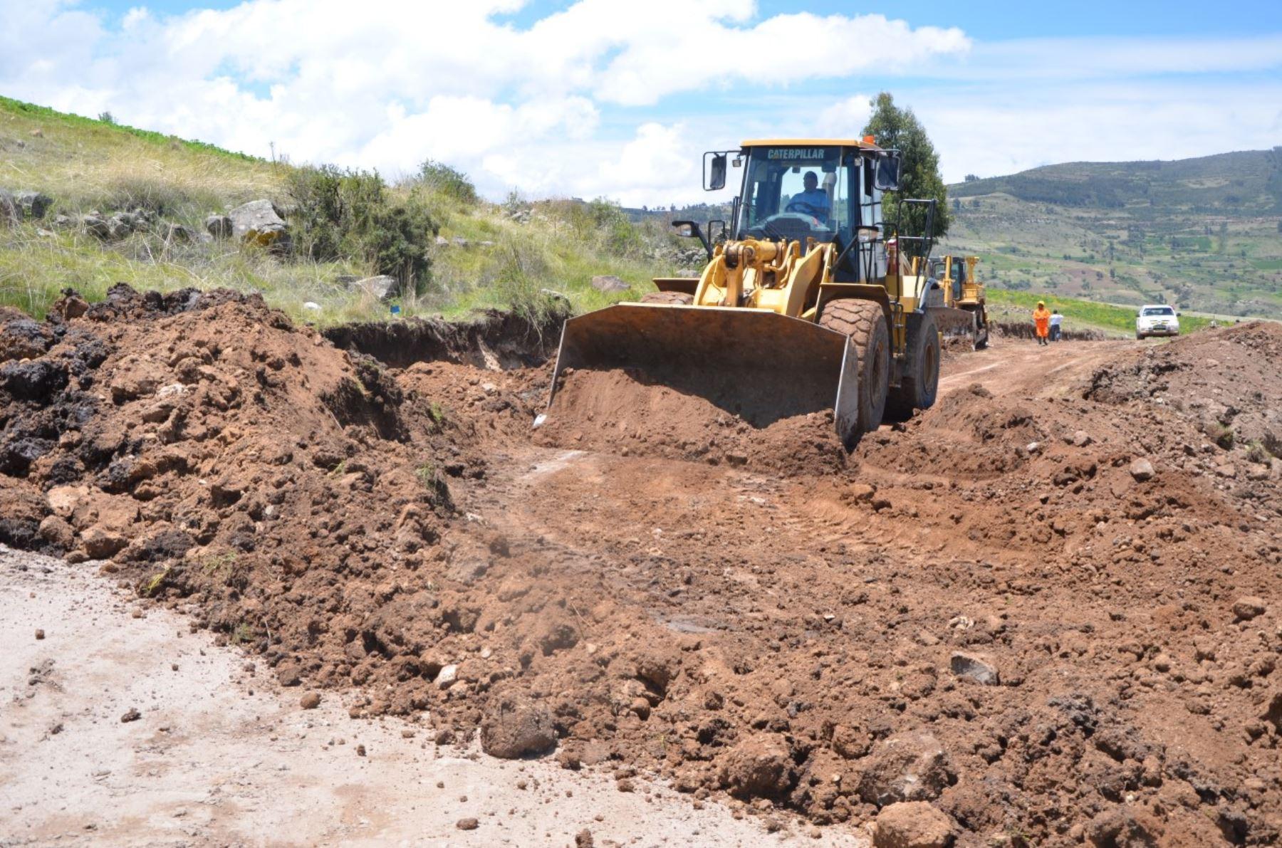 Ayacucho presenta plan de contingencia para atención de emergencias viales por lluvias.