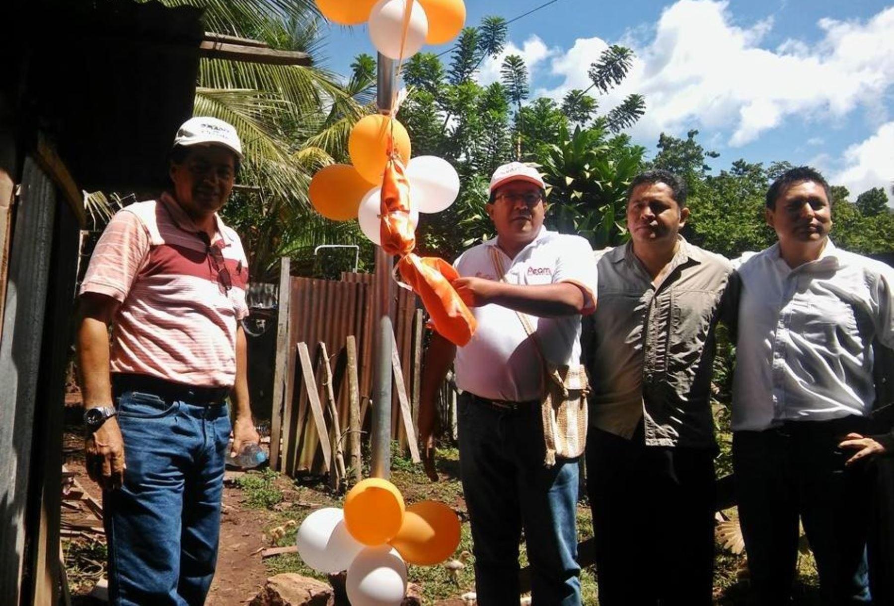 Instalan paneles solares en 72 comunidades de región San Martín. ANDINA