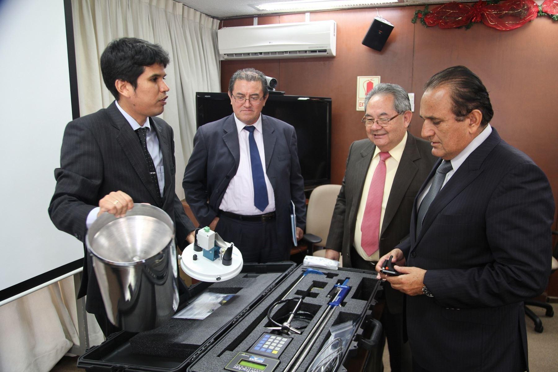 Agencia Nacional de Aguas de Brasil donó a la ANA dos estaciones hidrometereológicas automáticas satelitales para la medición de caudales, lluvias y calidad del agua,