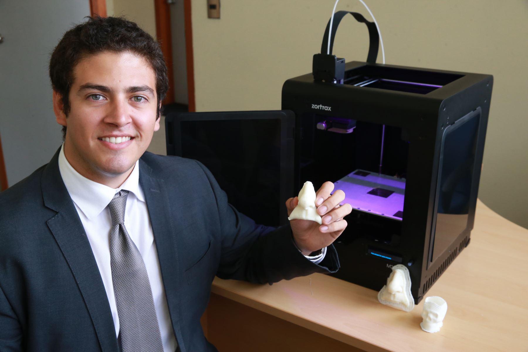 Con uso de tecnología moderna peruano descubre cómo crear prótesis faciales de bajo costo. ANDINA/Norman Córdova