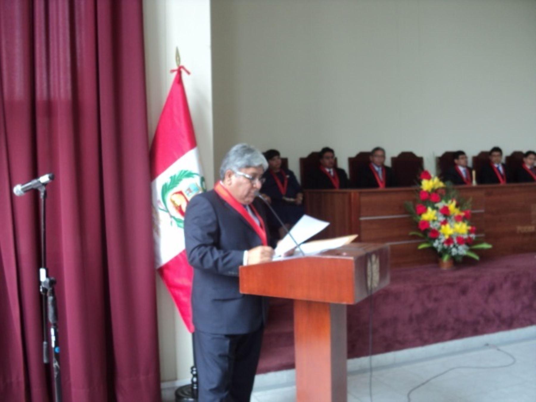 Presidente de Corte Superior de Justicia de Moquegua, Edwin Rolando Laura Espinoza.