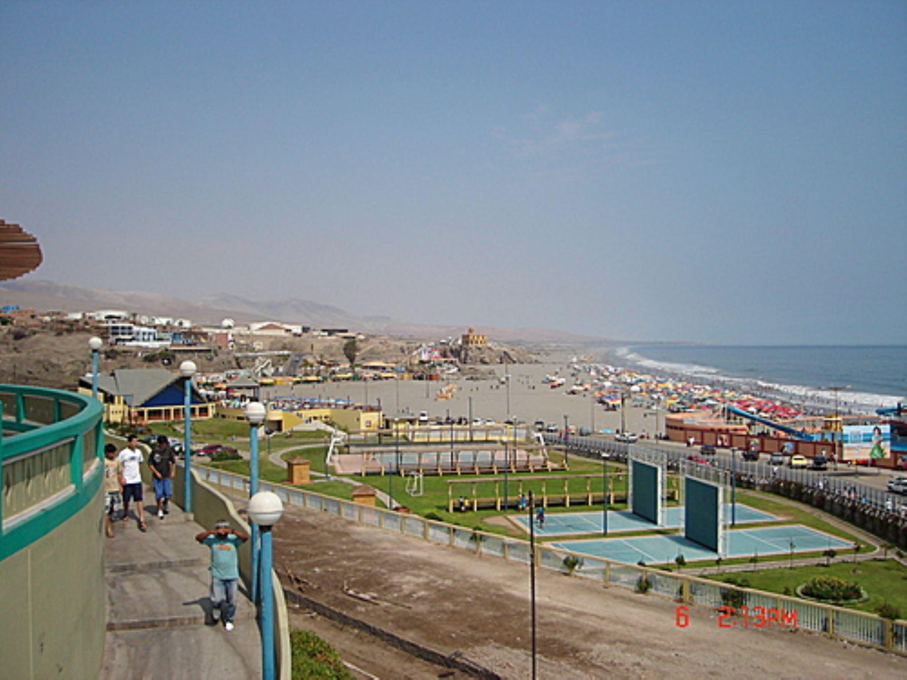 Ciudad de Mollendo, capital de la provincia de Islay, región Arequipa.
