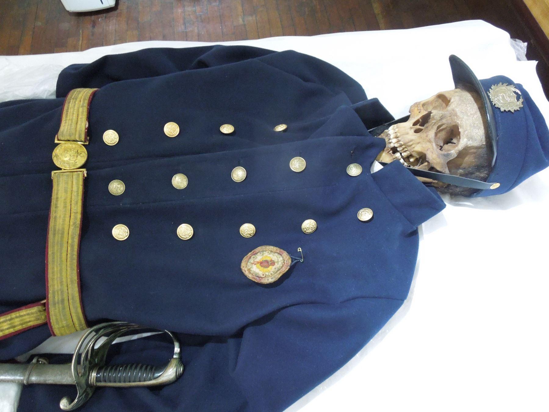 Felipe, el soldado desconocido hallado en el campo de batalla del Alto de la Alianza. foto: Andina/difusión