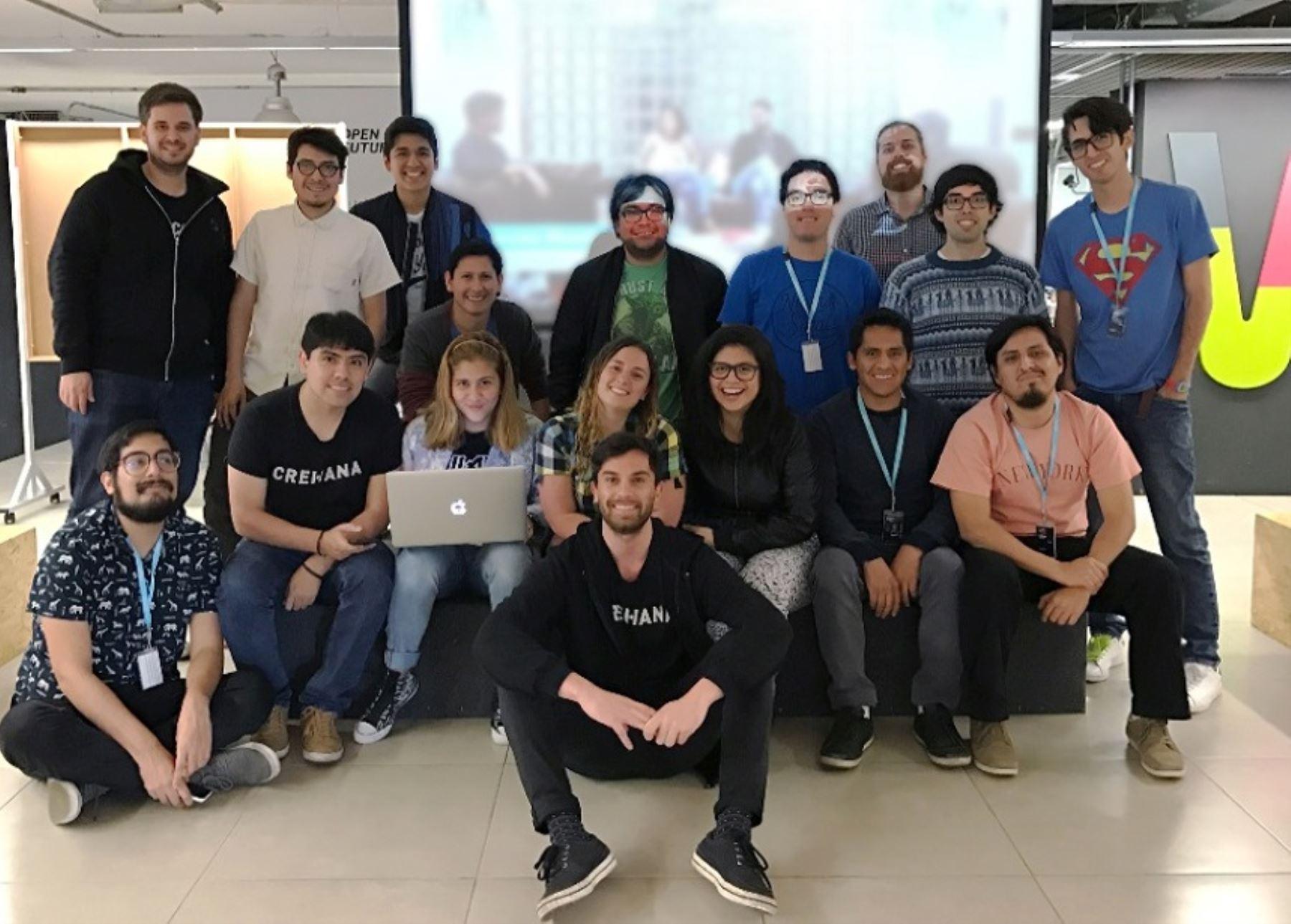 """Equipo de la startup peruana """"Crehana"""". Foto: Cortesía."""
