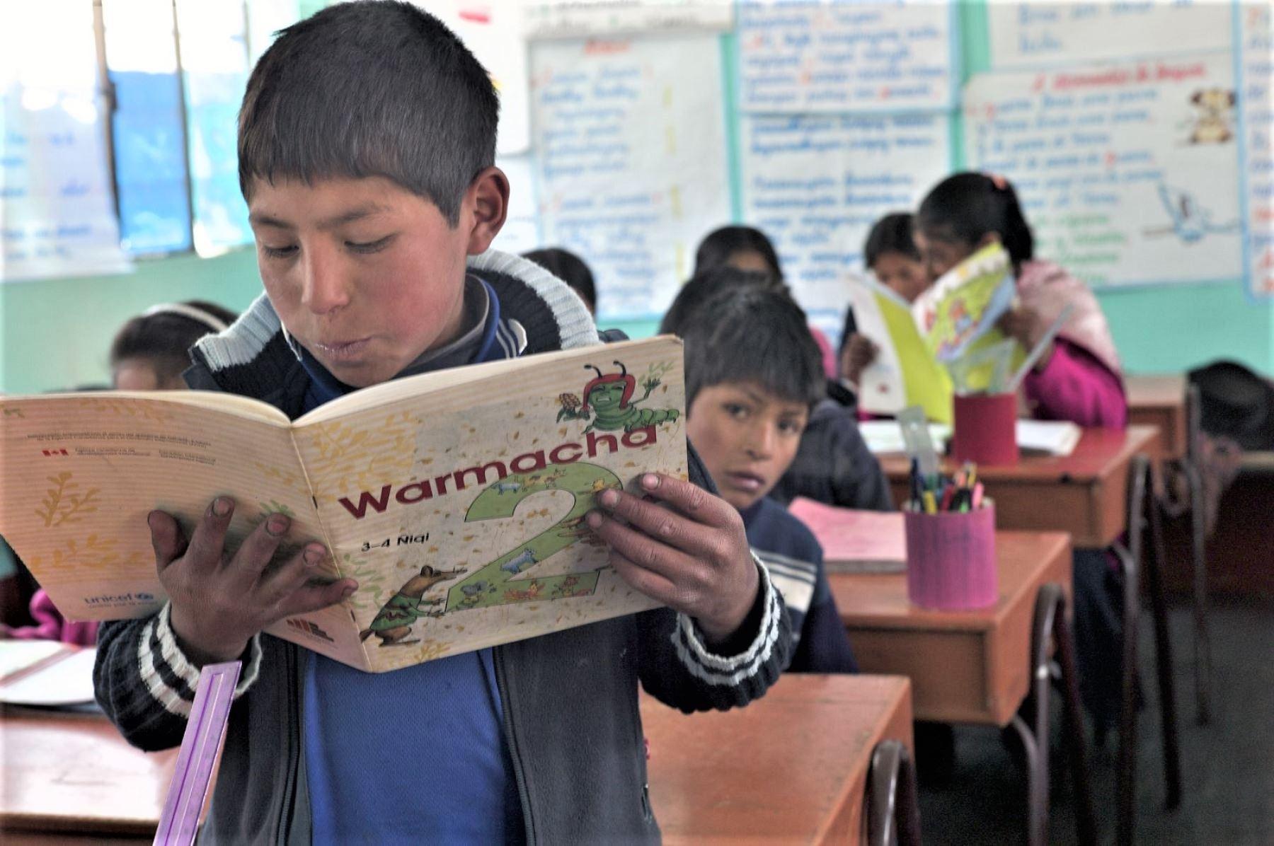 En el Perú hay 69 dialectos y 26 comunidades lingüísticas.