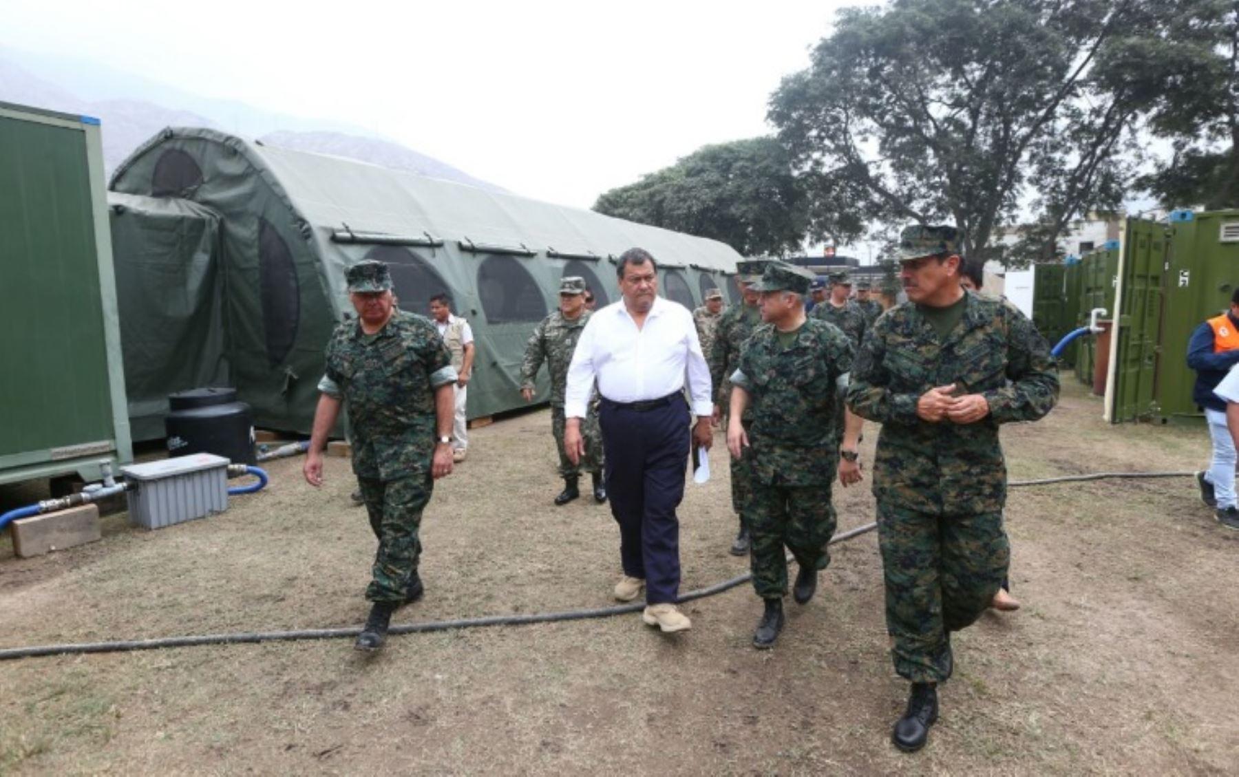 Ministro de Defensa, Jorge Nieto, visita Base Móvil de la Marina de Guerra instalada en Chaclacayo para atender las emergencias por huaicos y lluvias intensas.