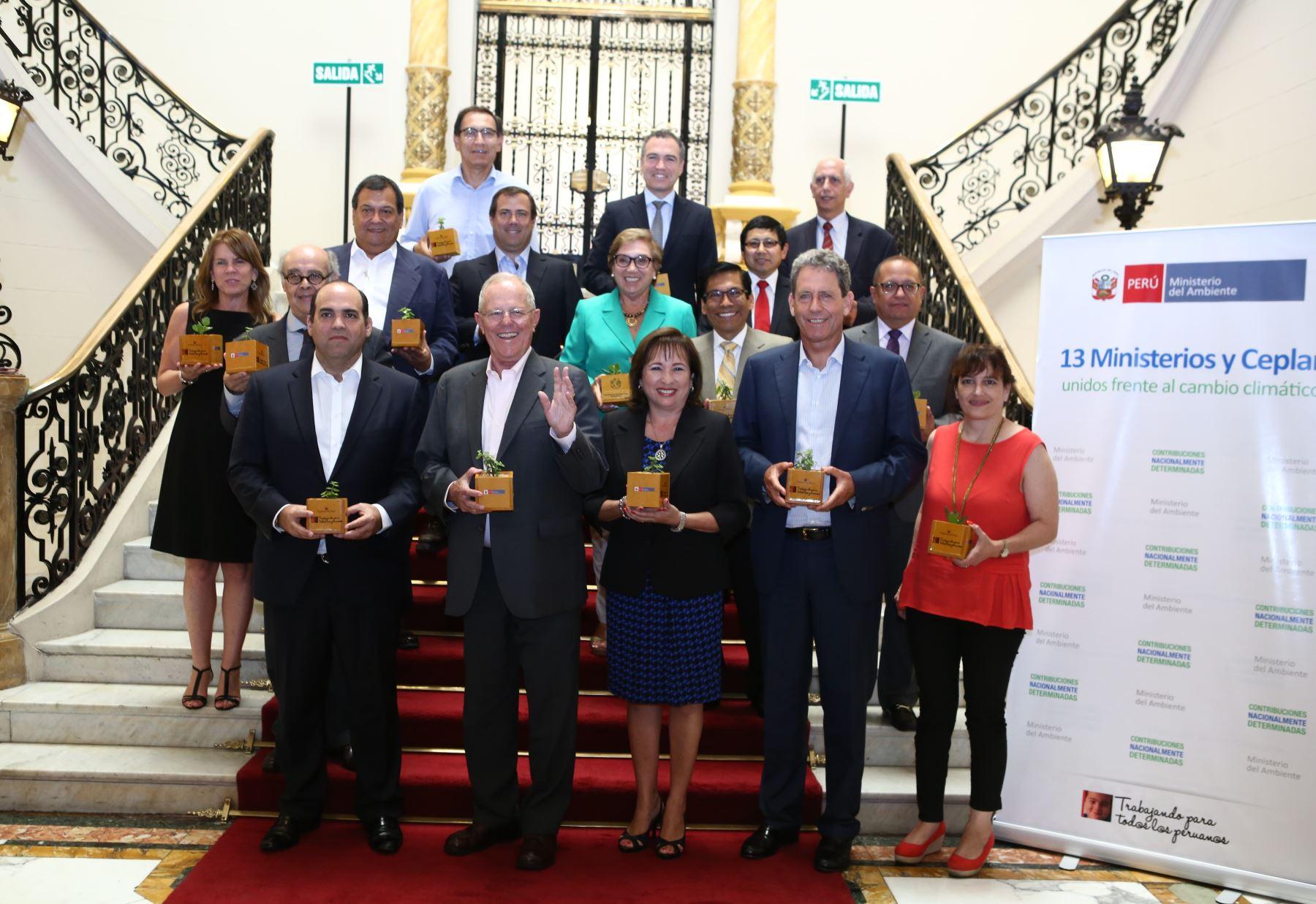 Gobierno reúne a 13 ministerios y Ceplan para hacer frente al cambio climático.