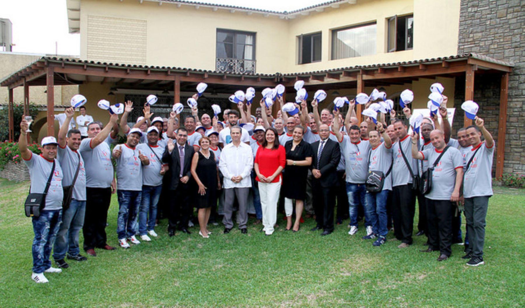 Chefs cubanos aprenderán sobre gastronomía peruana. Foto: Pronabec.