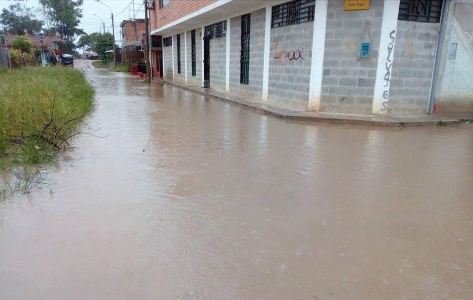 Más de 300 viviendas se inundaron en la ciudad de Moyobamba.