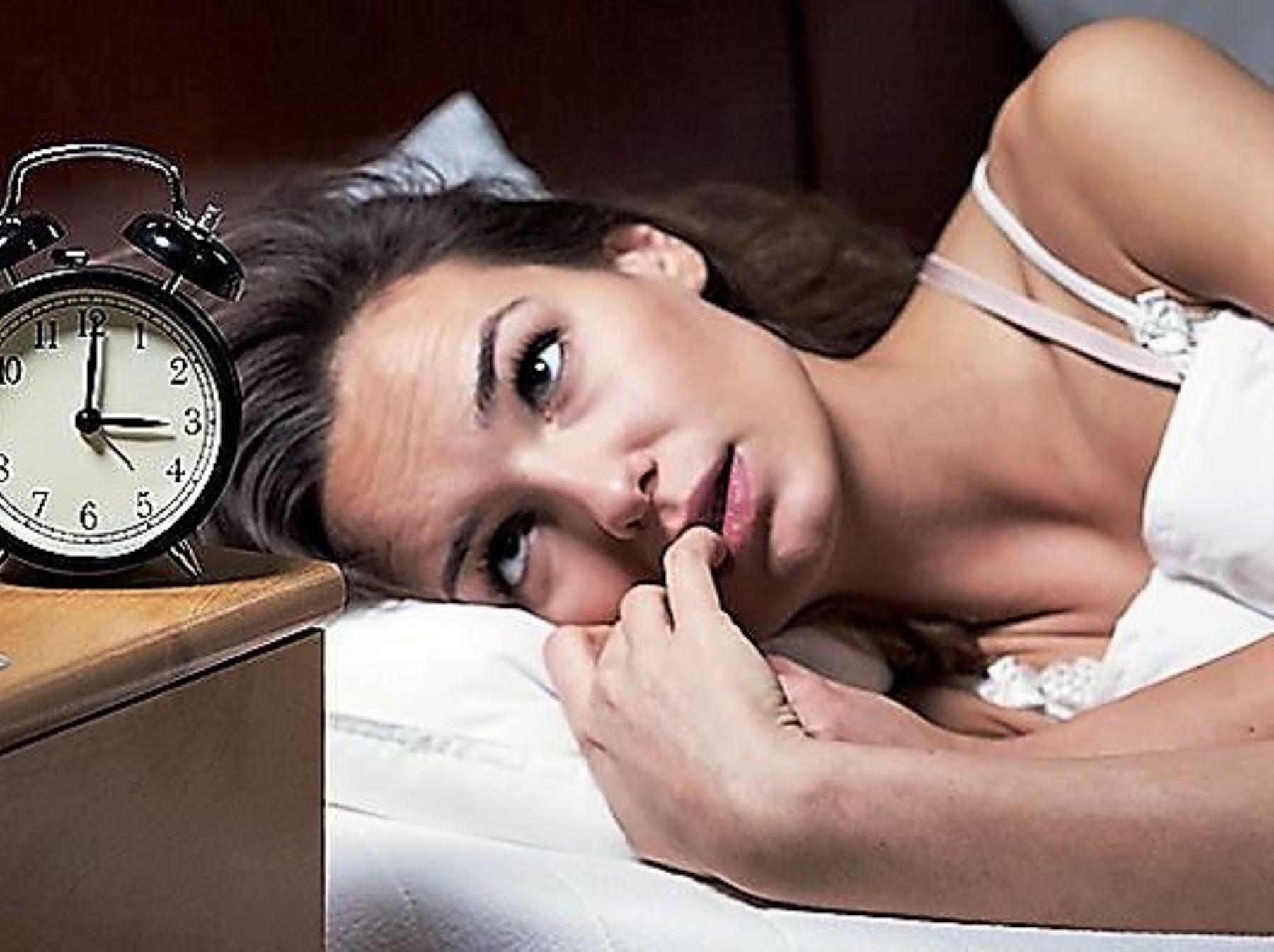 Insomnio por uso de dispositivos electrónicos es principal trastorno de sueño. Foto: ANDINA/archivo.