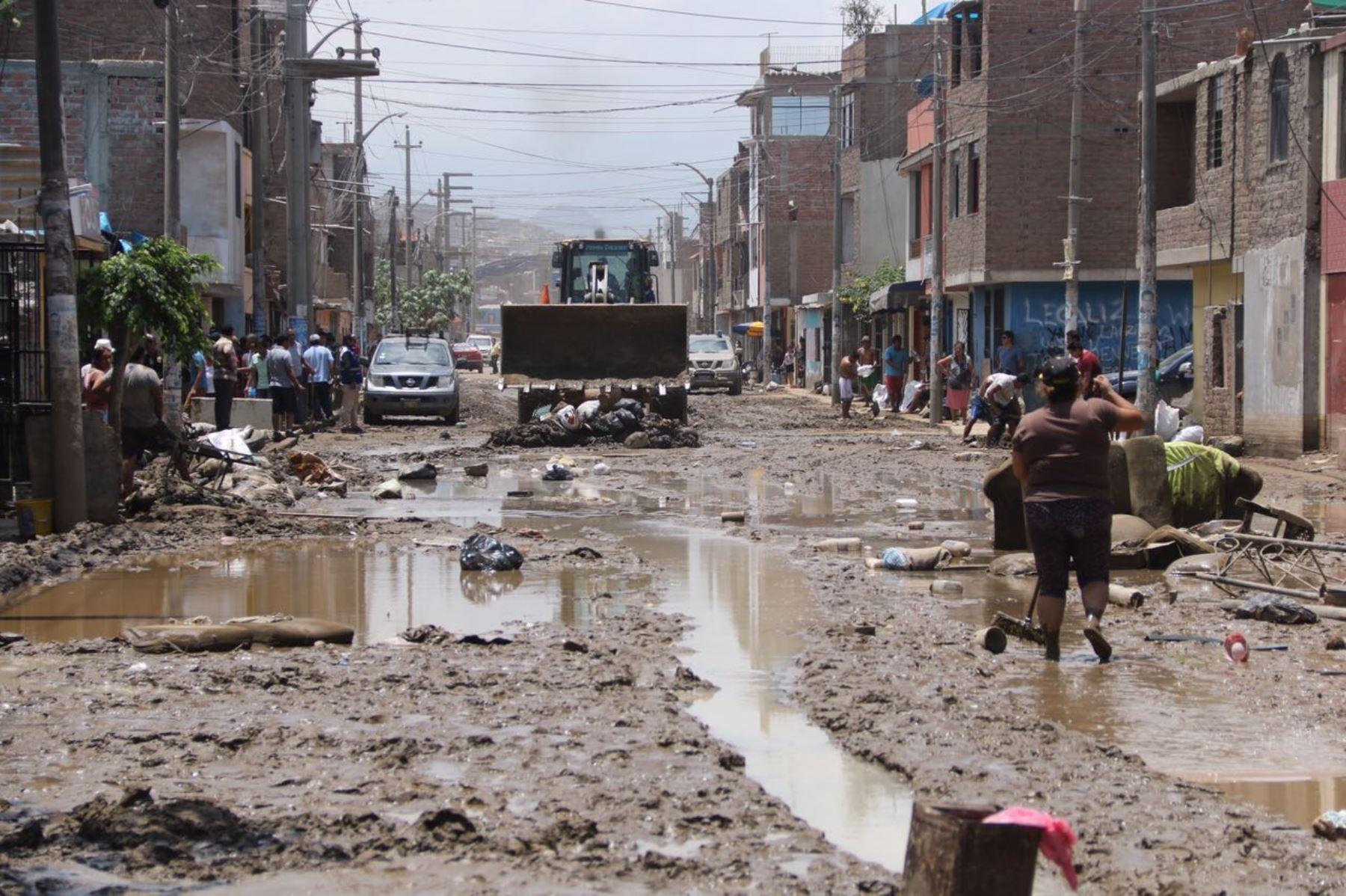 Distrito de El Porvenir en Trujillo, que alberga a Mypes productoras de zapatos, fue afectado severamente por huaicos, ANDINA