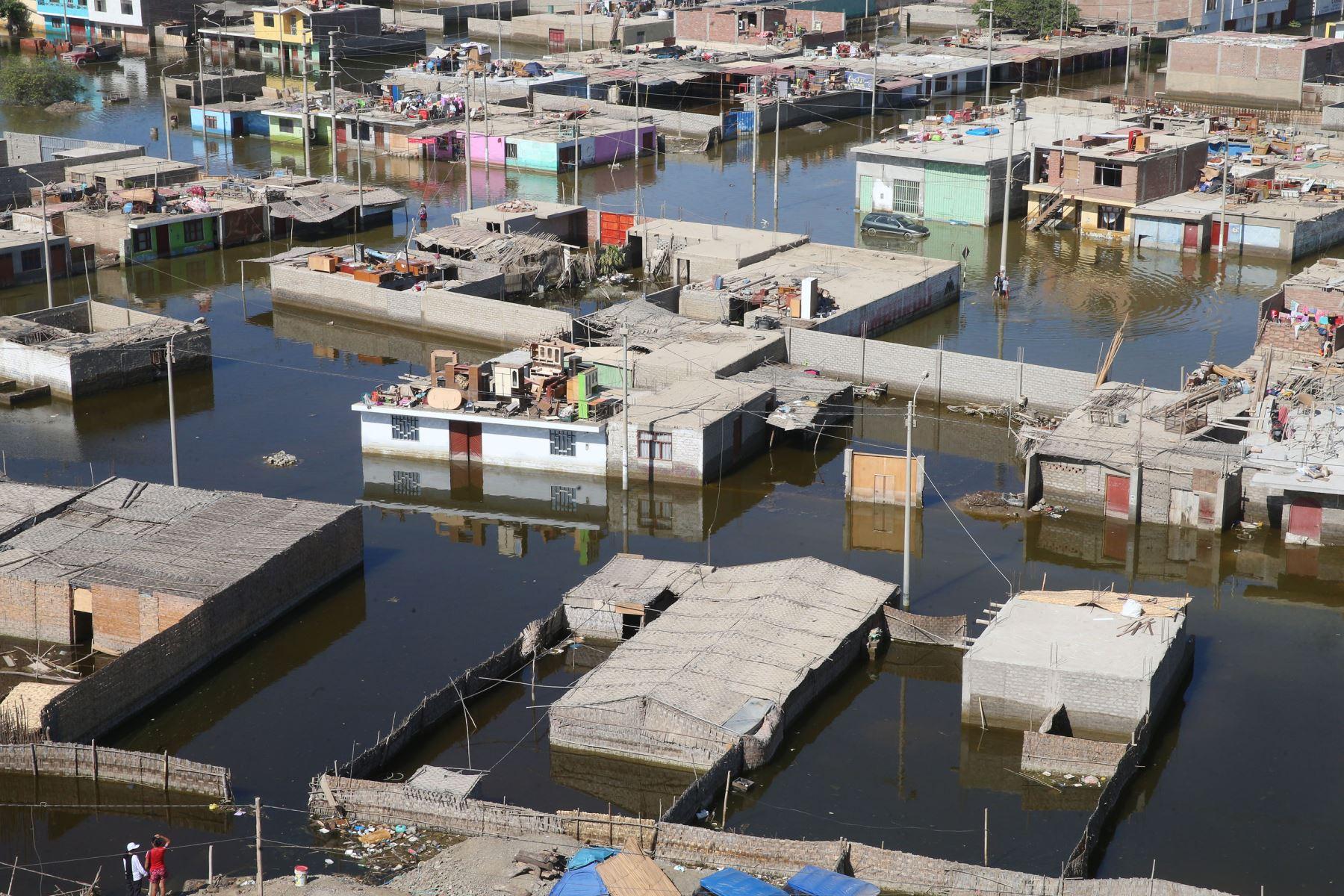 Viviendas resultaron afectadas por las lluvias e inundaciones. ANDINA/Vidal Tarqui