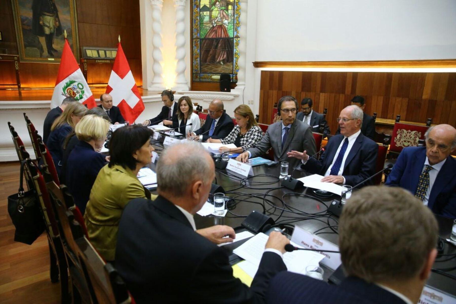 Presidente Pedro Pablo Kuczynski, se reúne con presidenta de Suiza, Doris Leuthard.