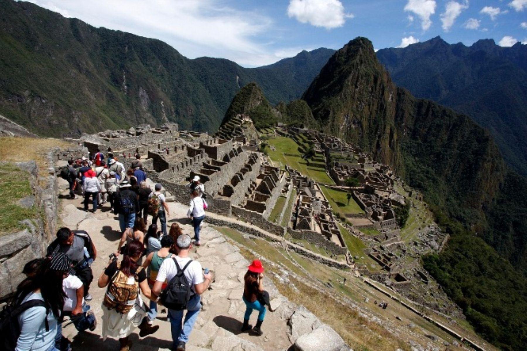 Prohíben el uso de drones durante ceremonia de anuncio de las fiestas de Cusco desde Machu Picchu. ANDINA/Percy Hurtado