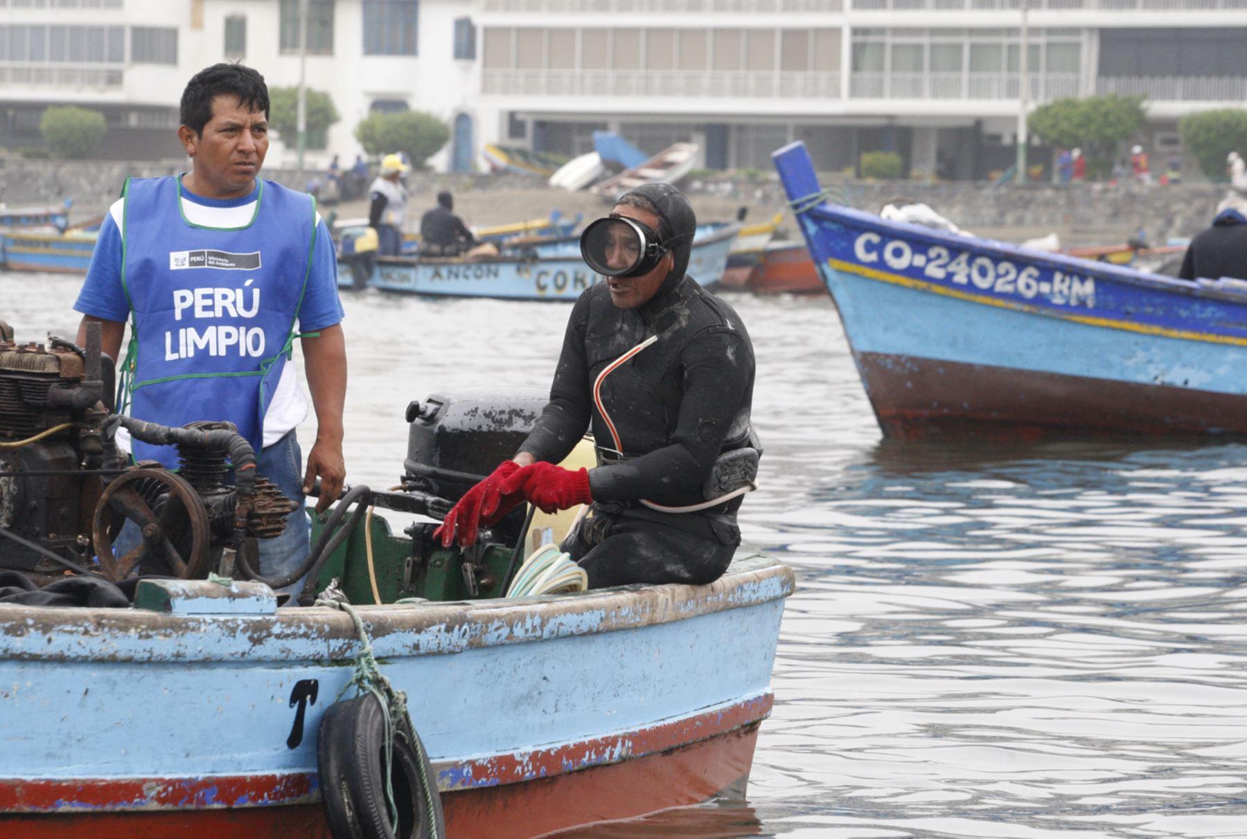Buzos artesanales obtienen certificación para formalización de la pesca en Huaura. ANDINA/Eddy Ramos