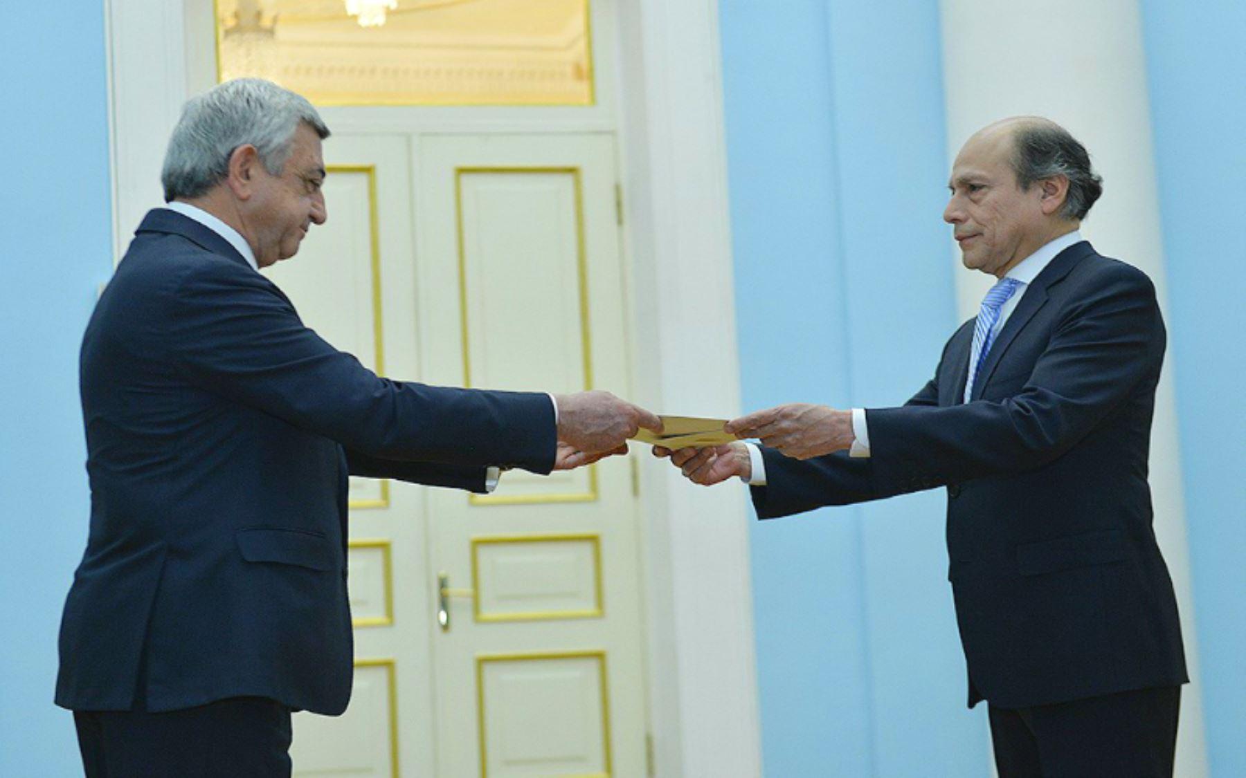 Peru Ambassador Presents Credentials To Armenia President News