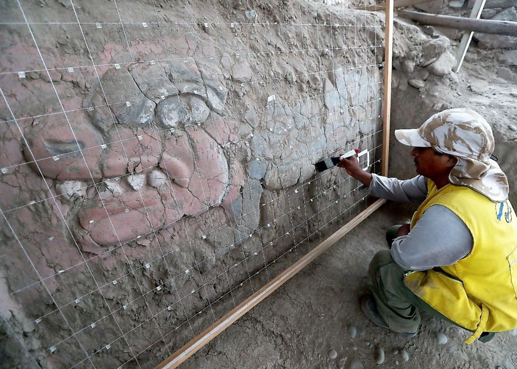 Huaca Garagay: descubren frisos de 3,500 años de antigüedad similares a Chavín de Huantar. Foto: ANDINA/Difusión.