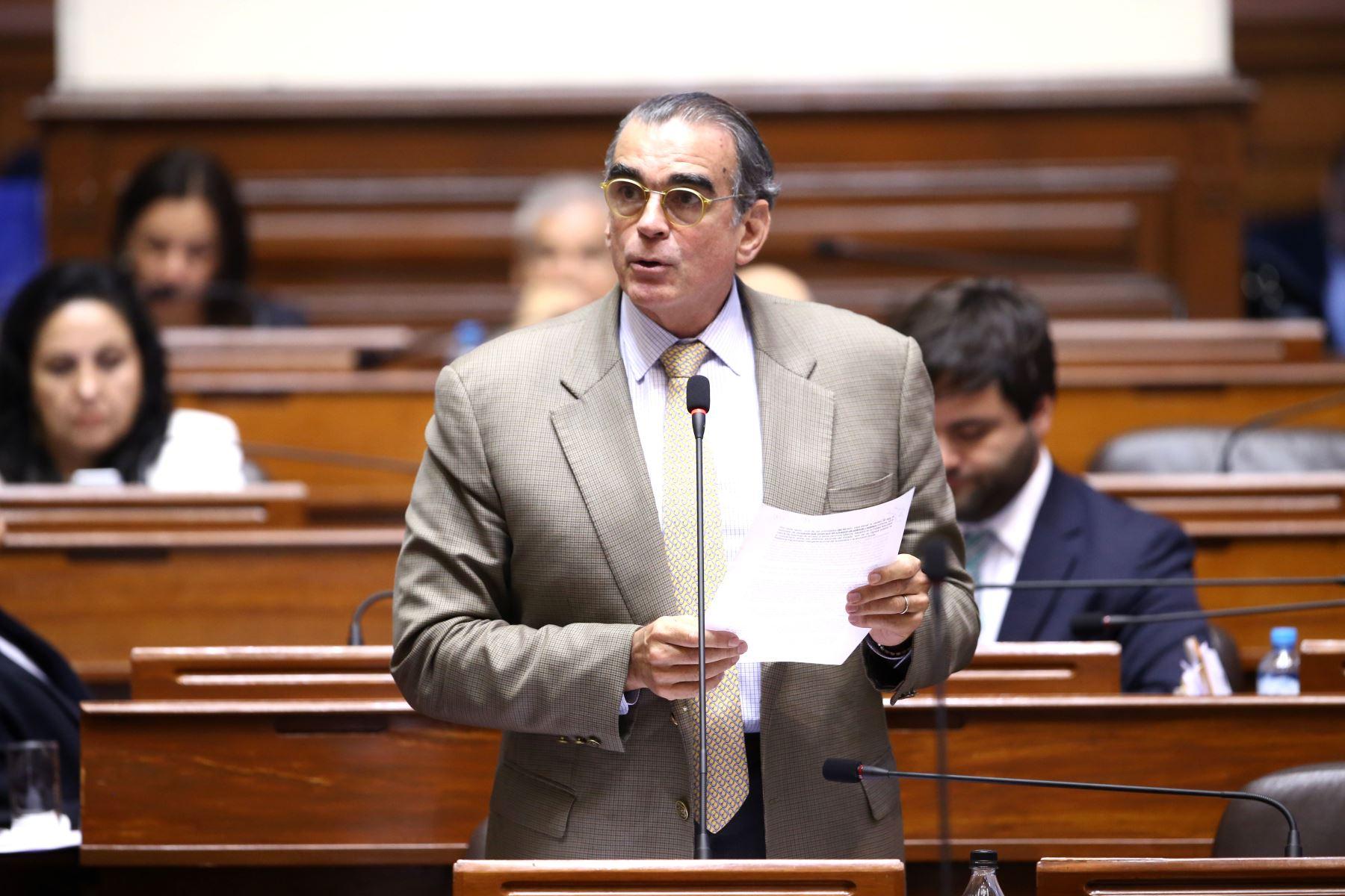 Ministro de la Producción, Pedro Olaechea.