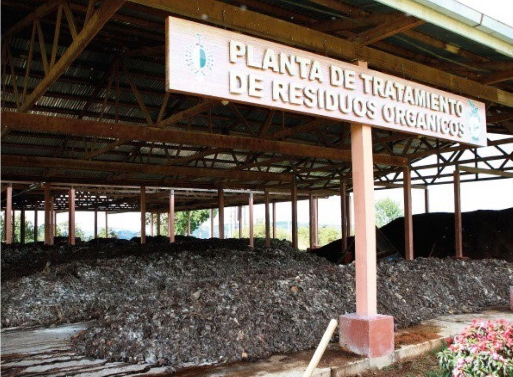 Ministerio del Ambiente brinda asistencia técnica a municipio distrital de Villa Rica, en la región Pasco, para la gestión de su planta de tratamiento de residuos orgánicos. ANDINA/Difusión