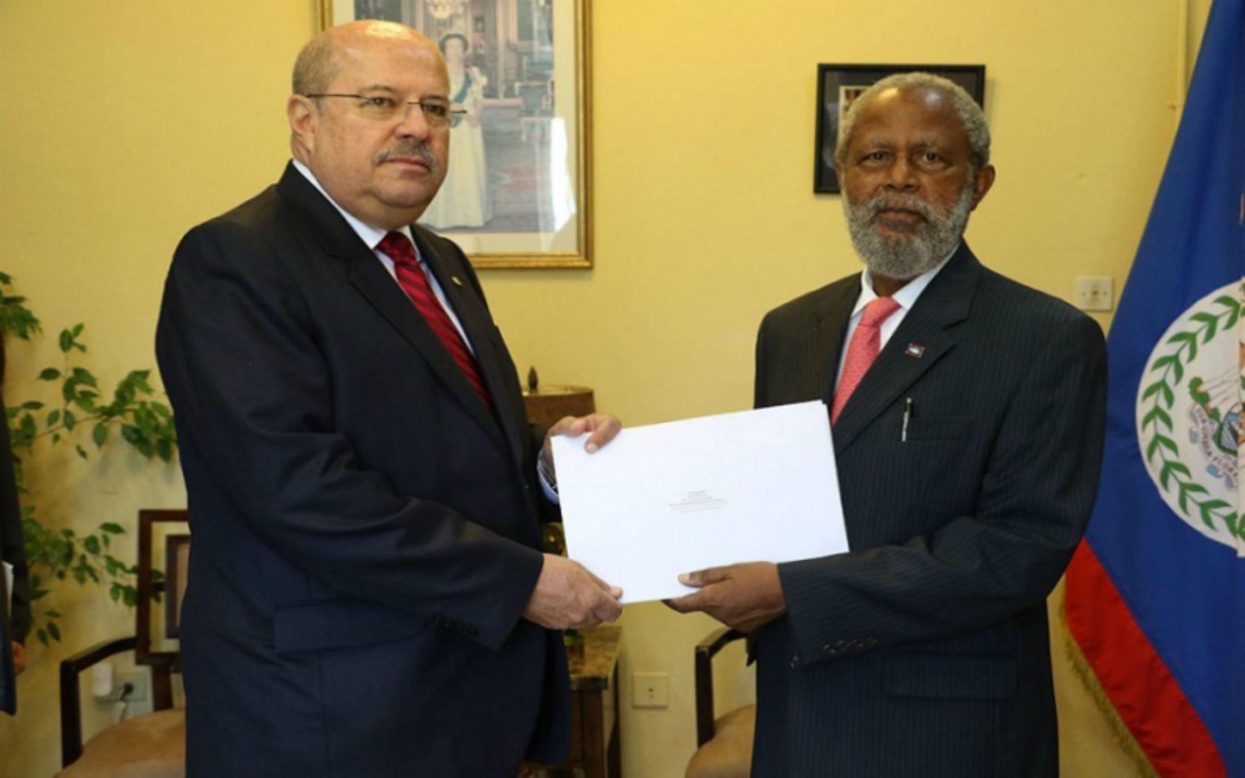 Peruvian Ambassador presents credentials in Belize