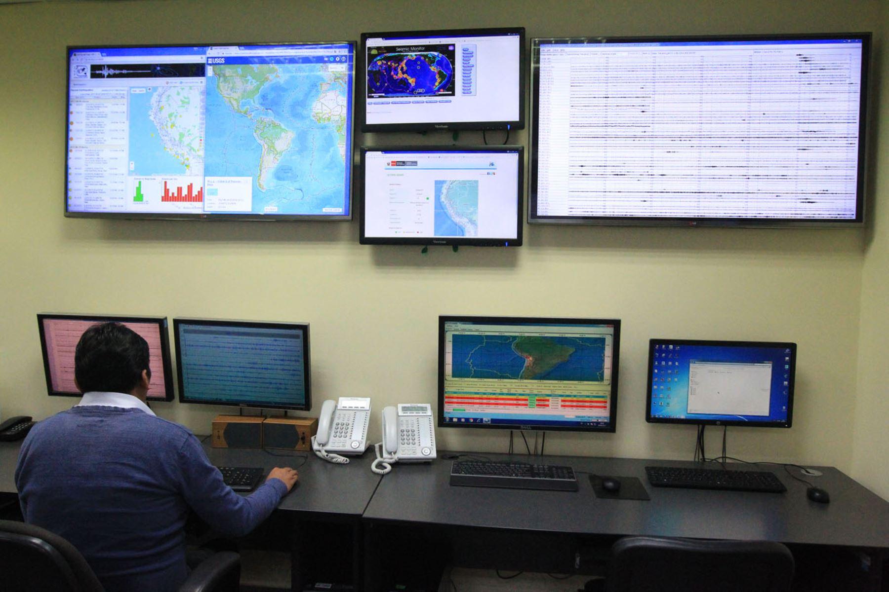 En las regiones de Áncash y Arequipa se registraron esta noche dos sismos de similar magnitud. En lo que va del día el Instituto Geofísico del Perú reportó 4 sismos en lo que va del día.ANDINA/Héctor Vinces