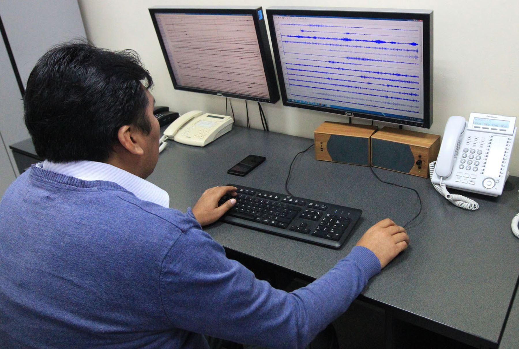 Un sismo de magnitud 4.8 en la escala de Richter se registró esta tarde 92 kilómetros al sur de la ciudad de Ilo, en la provincia del mismo nombre, región Moquegua, reportó el Instituto Geofísico del Perú (IGP).ANDINA/Héctor Vinces